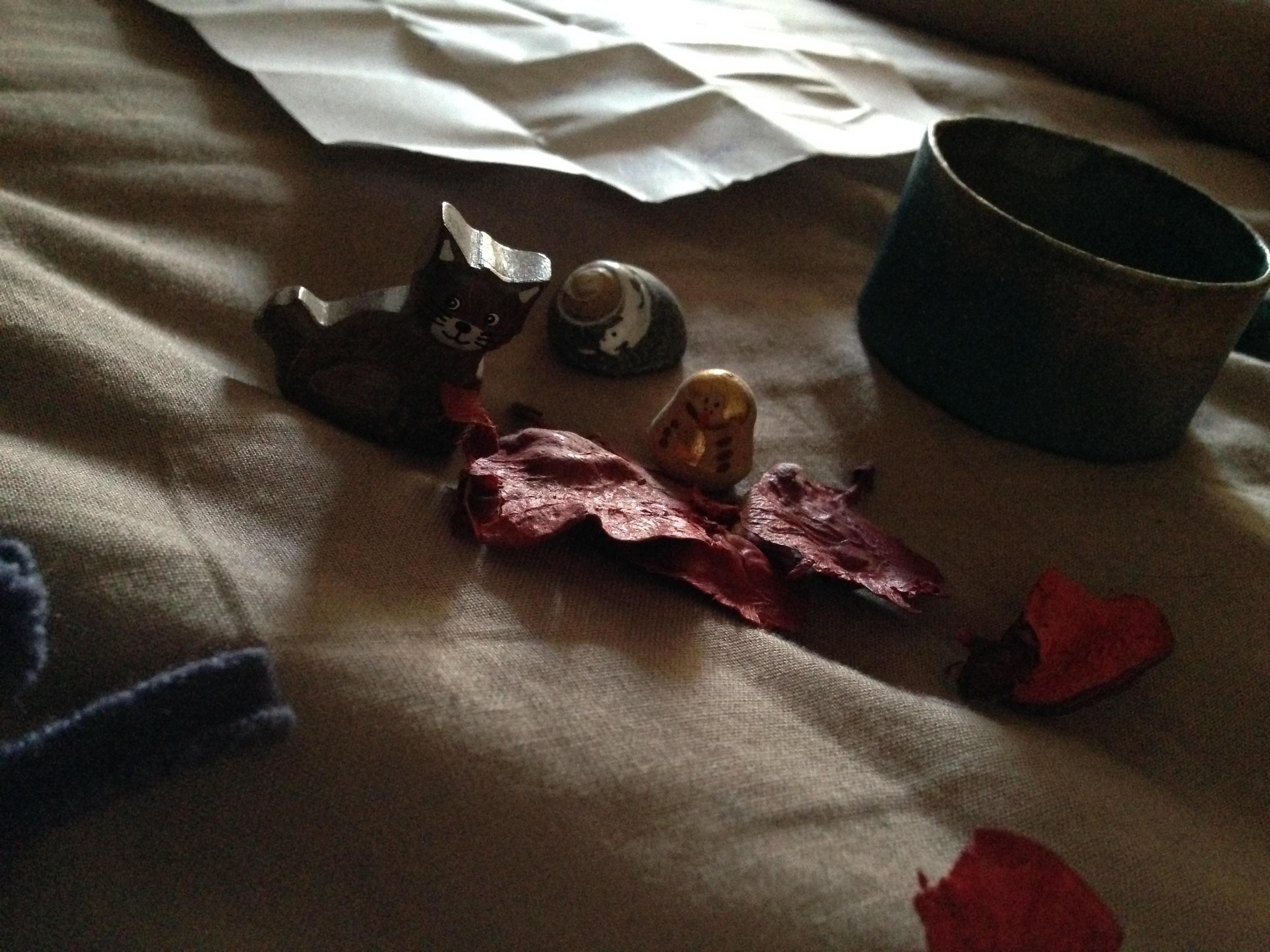 intuition - le chat, la poupée russe et le coquillage