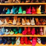 chaussures colorees